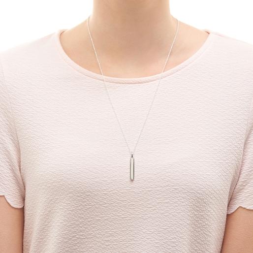 Narrative sterling silver short bar pendant-